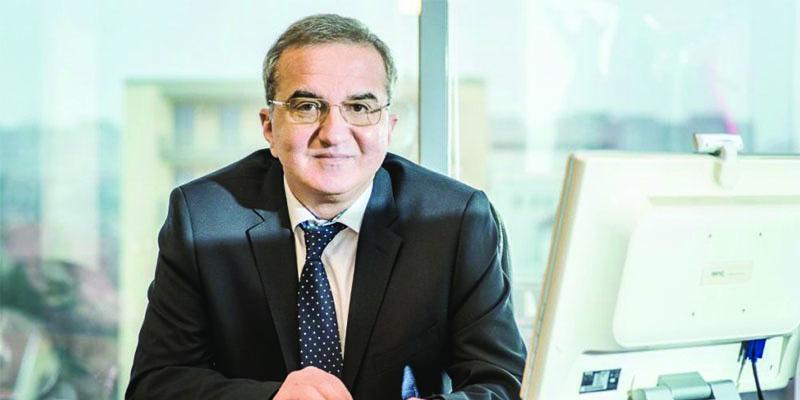 """Tiberiu Bratu, preşedintele Societăţii Române de Chirurgie Estetică """"80% dintre cazurile operate de noi sunt români plecaţi în străinătate"""""""